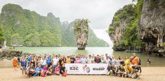 La expedición de NEX y KSC posa en una de las paradisiacas islas de Tailandia.