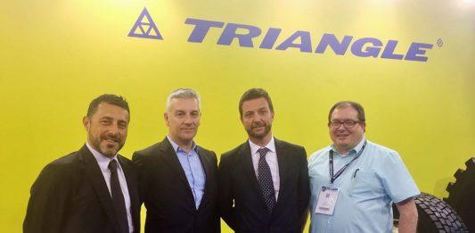Triangle Tyre desembarca en Europa. De izquierda a derecha, Giannangeli, Corrado Moglia, Spiniella y Ruddy.