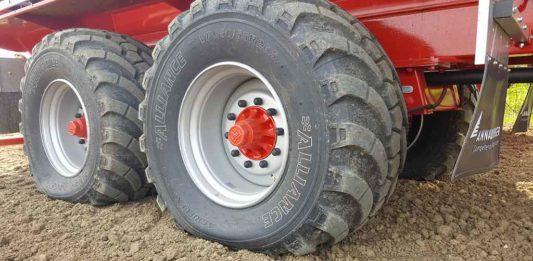 Neumático agrícola Alliance 389 VF