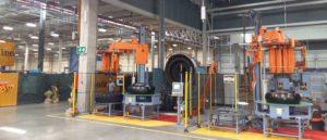 Imagen interior del nuevo área de producción de neumáticos agrícolas de Continental en su fábrica de Losado (Portugal)