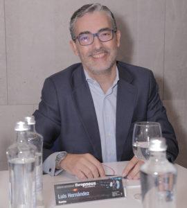 Luis Hernández.