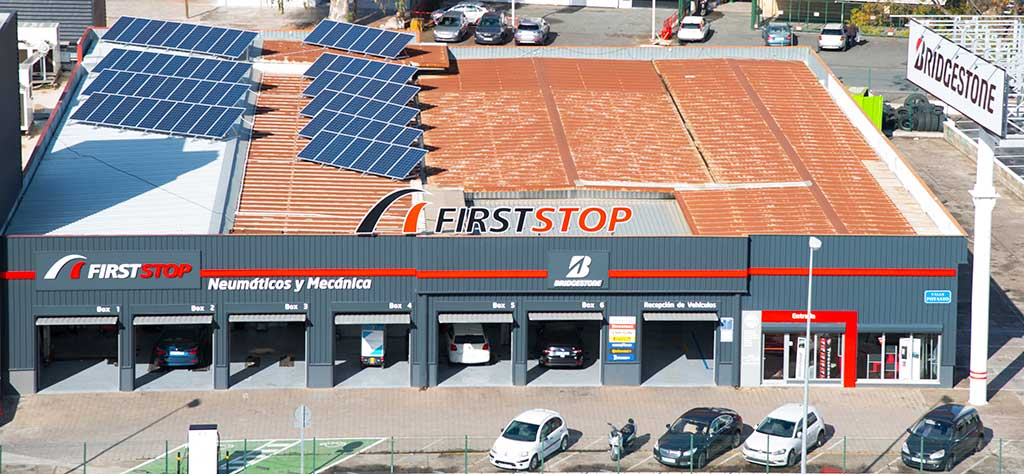 First Stop taller fotovoltaico