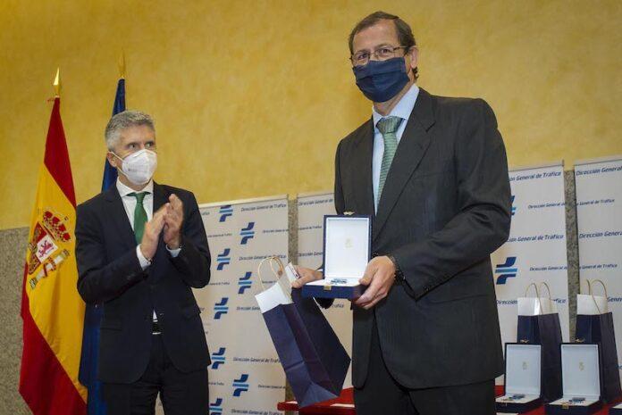 La Asociación Española de Renting de Vehículos recibe la Medalla al Mérito de la Seguridad Vial
